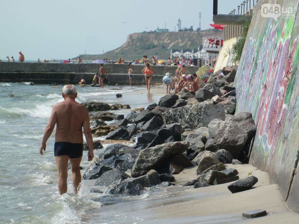 Коммерческое благоустройство от горсовета медленно, но уверенно отбирает пляж у горожан (ФОТО), фото-12