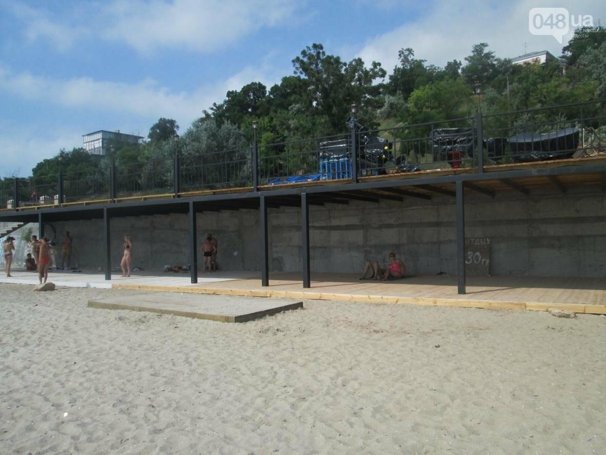 Коммерческое благоустройство от горсовета медленно, но уверенно отбирает пляж у горожан (ФОТО), фото-7