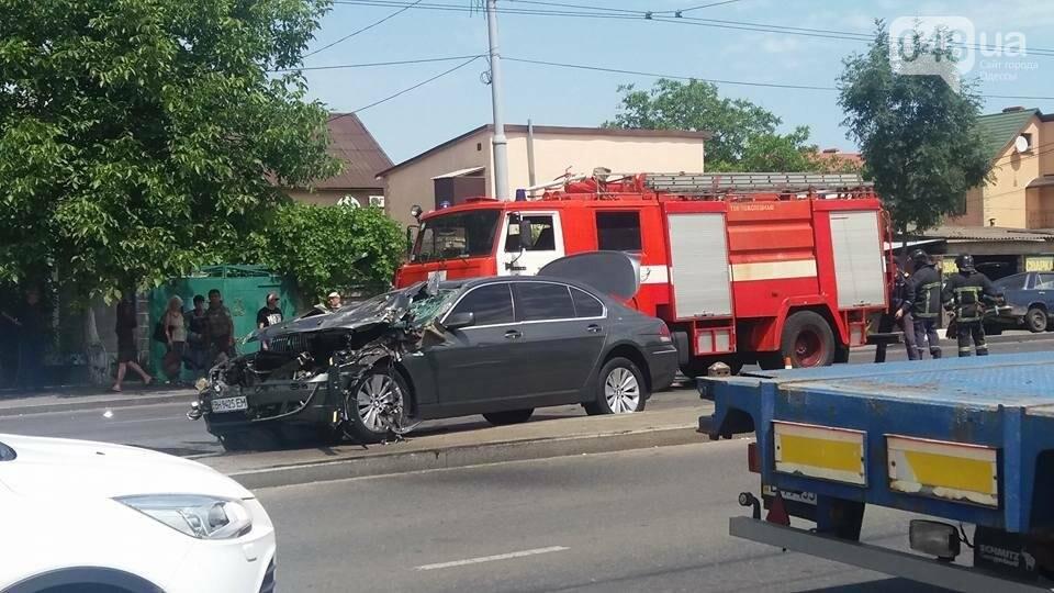 В Одессе BMW превратился в лепешку (ФОТО), фото-4