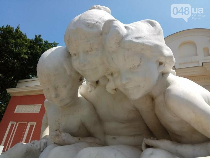 Вандалы покусились на уникальный фонтан в центре Одессы (ФОТО), фото-4