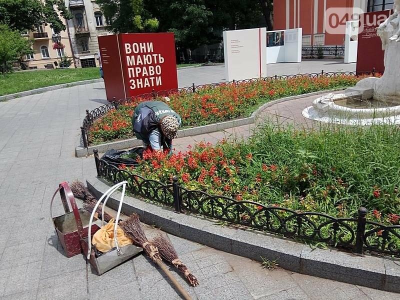 Вандалы покусились на уникальный фонтан в центре Одессы (ФОТО), фото-10