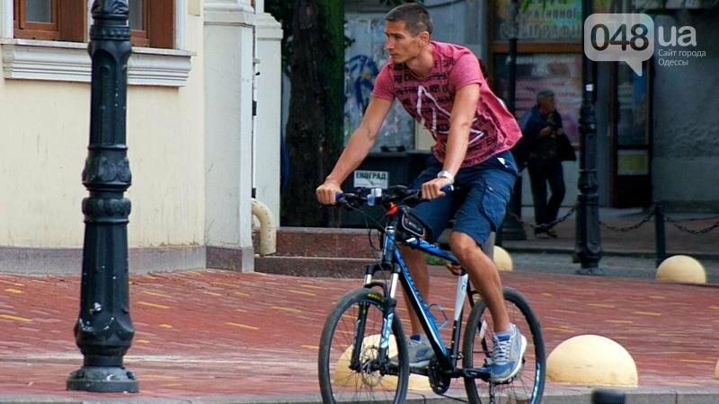 Шапка и шуба: чем порадовал июльский день одесситов (ФОТО), фото-9