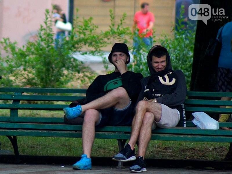 Шапка и шуба: чем порадовал июльский день одесситов (ФОТО), фото-36