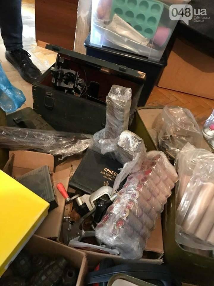 Глоки, кольты, гранаты и винтовка Мосина: СБУ задержали одесситов-членов крупной банды (ФОТО), фото-4