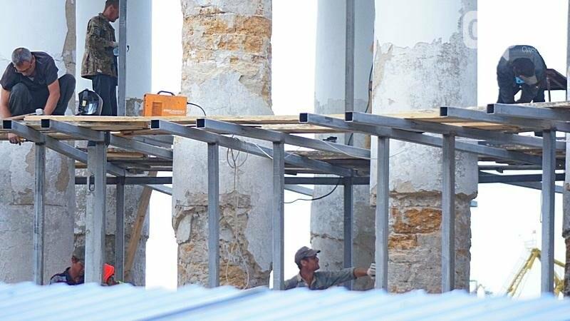 Археология, а не реставрация: что нашли под колоннадой в Одессе? (ФОТО), фото-8