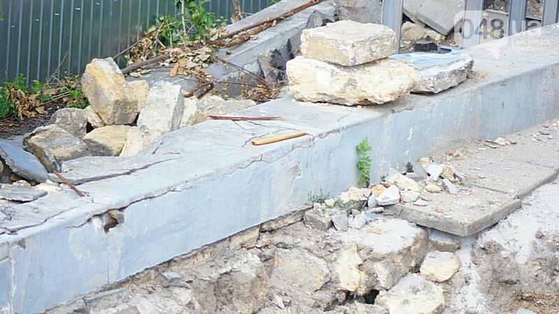 Археология, а не реставрация: что нашли под колоннадой в Одессе? (ФОТО), фото-16