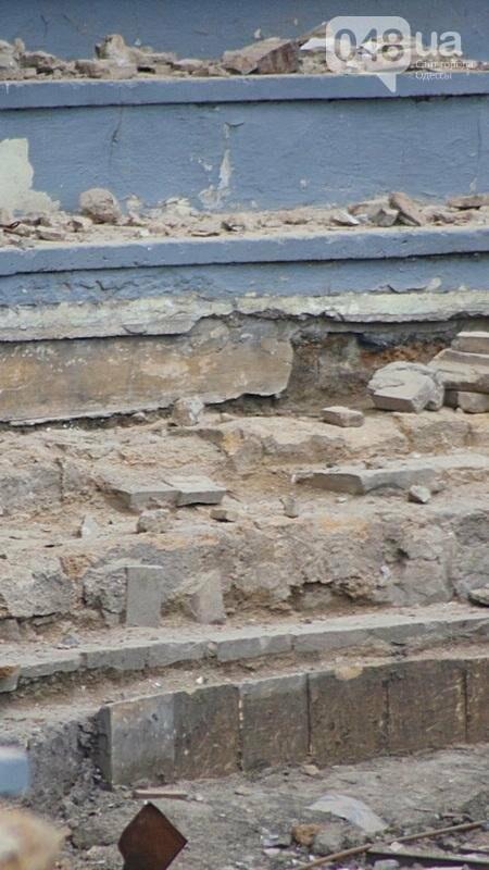 Археология, а не реставрация: что нашли под колоннадой в Одессе? (ФОТО), фото-19
