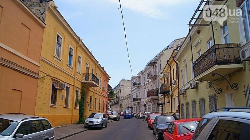 Возле одесского дома с одной стеной опозорились реставраторы (ФОТО), фото-6