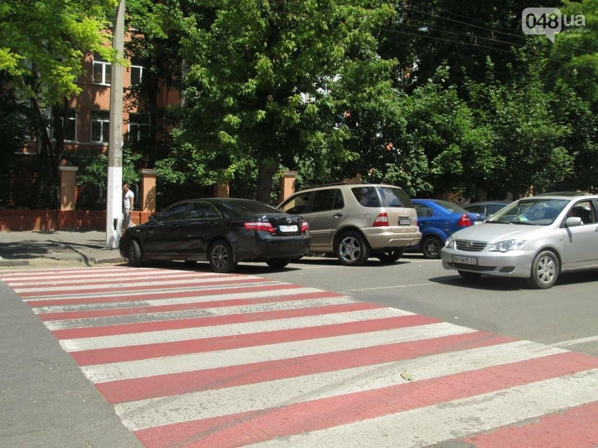 В Одессе найдено уникальное место, где водители резко забывают правила (ФОТО), фото-2