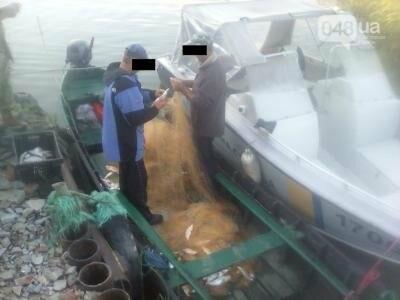 В Одесской области пограничники устроили погоню на лодках за браконьерами (ФОТО), фото-2