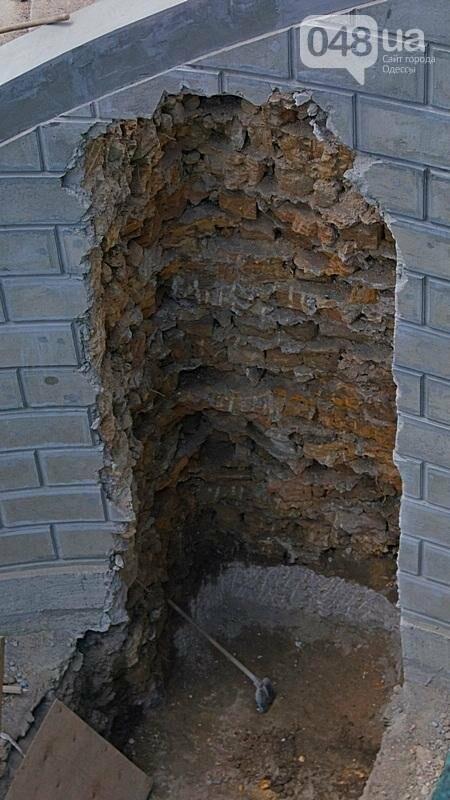 Архитектурный вандализм: в Одессе легендарного брата Эйфелевой башни опять реставрируют (ФОТО), фото-12