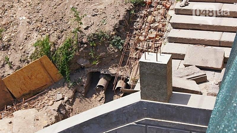 Архитектурный вандализм: в Одессе легендарного брата Эйфелевой башни опять реставрируют (ФОТО), фото-6
