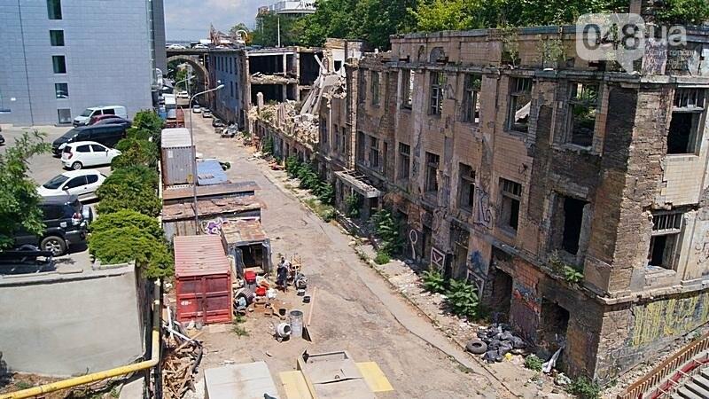 Архитектурный вандализм: в Одессе легендарного брата Эйфелевой башни опять реставрируют (ФОТО), фото-9
