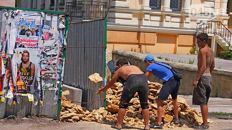Архитектурный вандализм: в Одессе легендарного брата Эйфелевой башни опять реставрируют (ФОТО), фото-10