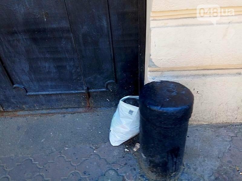 Центр Одессы завален мусором после выходных (ФОТО), фото-3