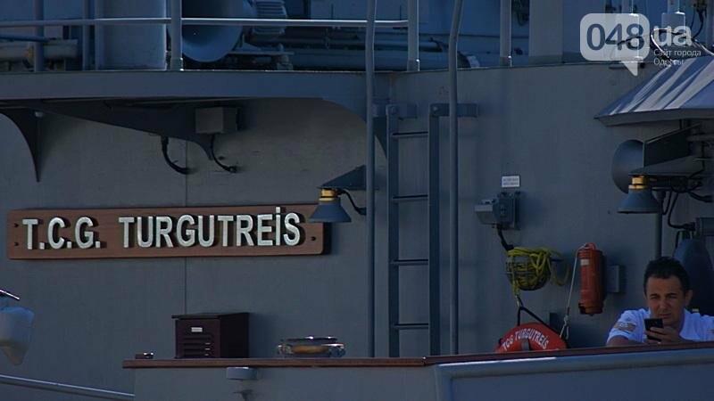 В Одессе гостит турецкий военный флот с подлодкой (ФОТО), фото-6