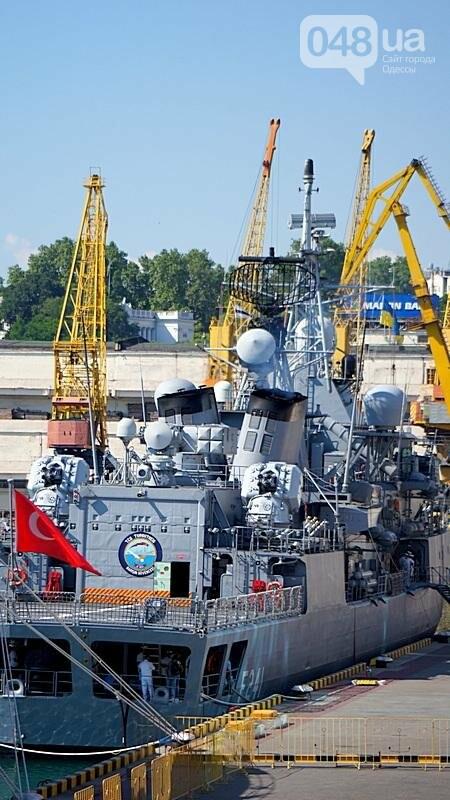 В Одессе гостит турецкий военный флот с подлодкой (ФОТО), фото-18