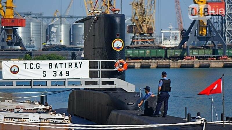 В Одессе гостит турецкий военный флот с подлодкой (ФОТО), фото-16