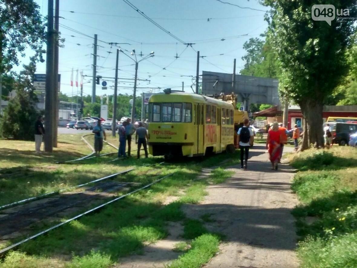 В Одессе трамвай сошел с рельсов (ФОТО), фото-3