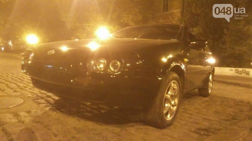В Одессе ночью угнали необычный Nissan (ФОТО), фото-1