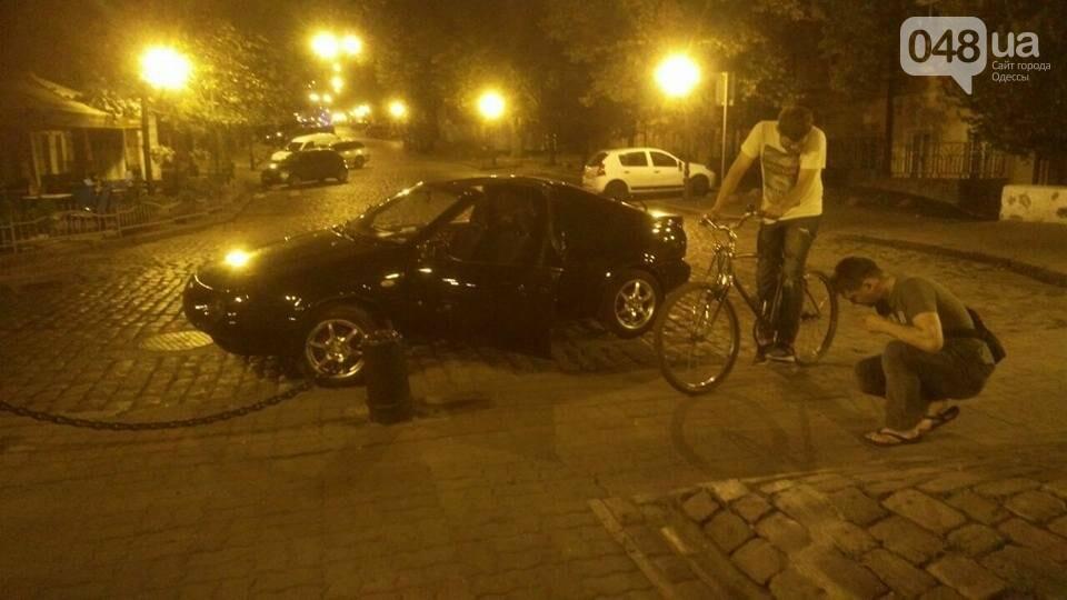 В Одессе ночью угнали необычный Nissan (ФОТО), фото-2