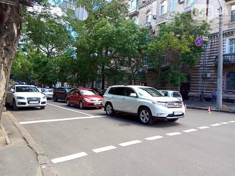 Из-за аварии в самом центре Одессы перекрыто движение (ФОТО), фото-2