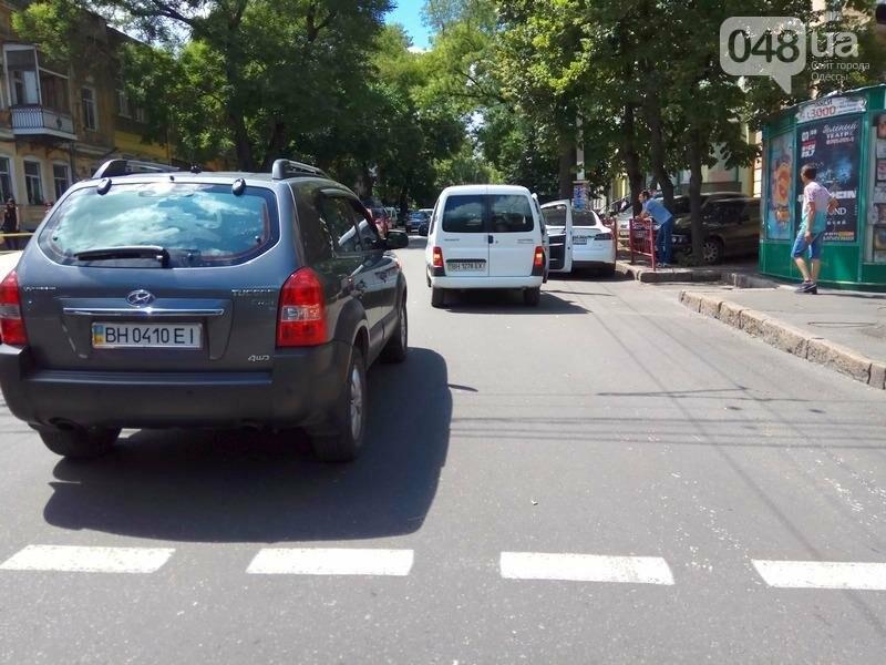 Из-за аварии в самом центре Одессы перекрыто движение (ФОТО), фото-3