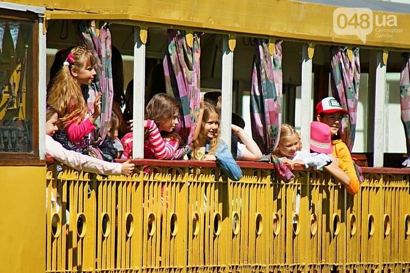 По Одессе катали детей в ретро-трамвае (ВИДЕО, ФОТО), фото-8