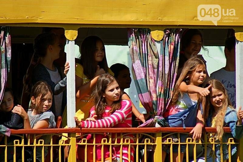 По Одессе катали детей в ретро-трамвае (ВИДЕО, ФОТО), фото-7