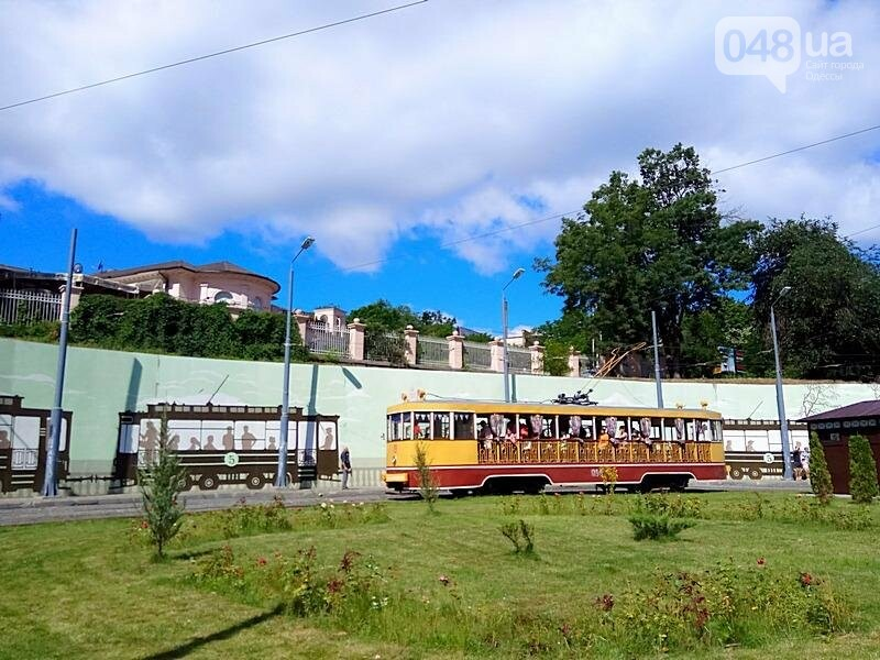 По Одессе катали детей в ретро-трамвае (ВИДЕО, ФОТО), фото-2
