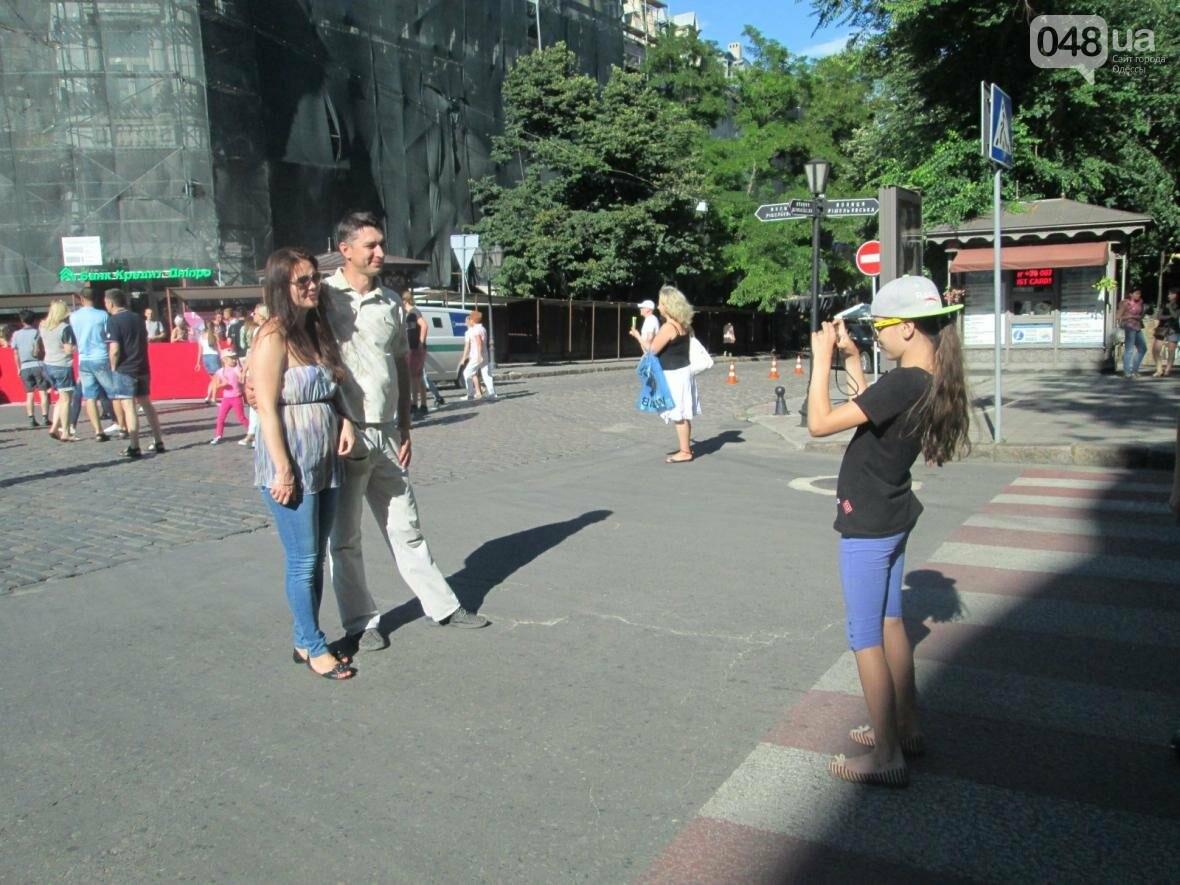 Одесса застыла в ожидании открытия кинофестиваля (ФОТО), фото-1