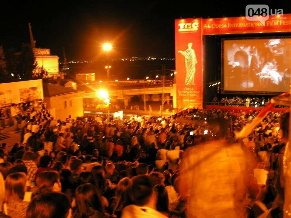 В Одессе черно-белый фильм собрал аншлаг на Потемкинской лестнице (ФОТО), фото-1
