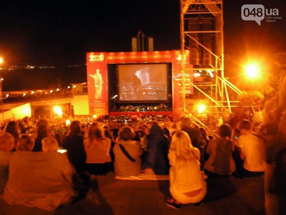 В Одессе черно-белый фильм собрал аншлаг на Потемкинской лестнице (ФОТО), фото-6