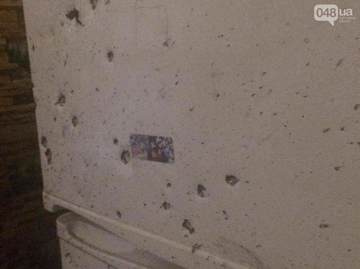 Во время взрыва в Одессе погиб 16-летний парень: есть раненые (ФОТО), фото-3