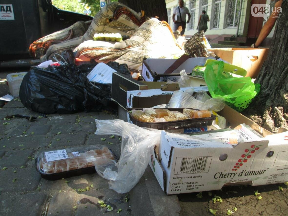 В центре Одессы обустроили эпидемиологический очаг (ФОТО), фото-1