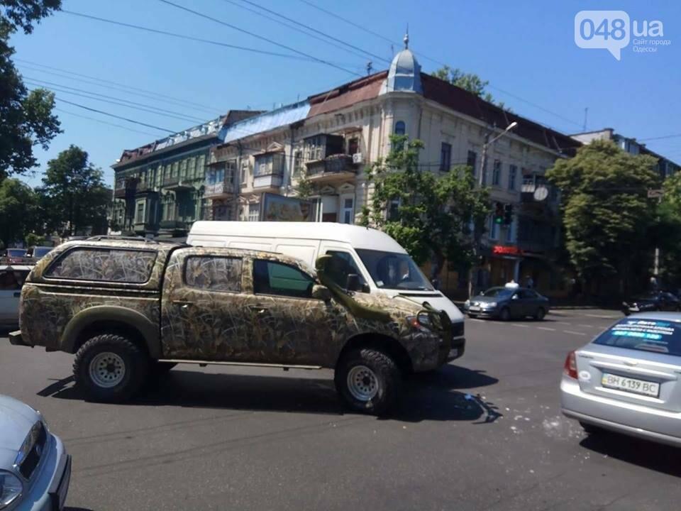 В центре Одессы масштабная авария заблокировала движение (ФОТО), фото-1