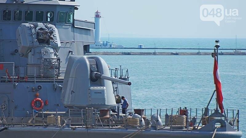 Новые боевые корабли НАТО зашли в Одессу (ФОТО), фото-24