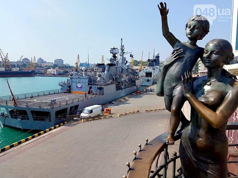 Новые боевые корабли НАТО зашли в Одессу (ФОТО), фото-41