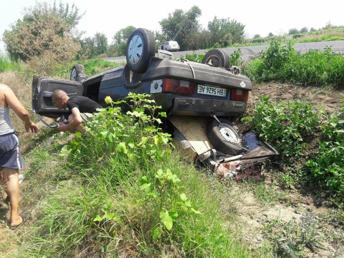 В Одесской области из-за проблем со здоровьем водитель перевернул машину, фото-1
