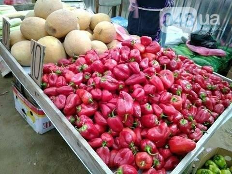 Почем в Одессе огромные сладкие арбузы и первые летние яблоки (ФОТО), фото-3