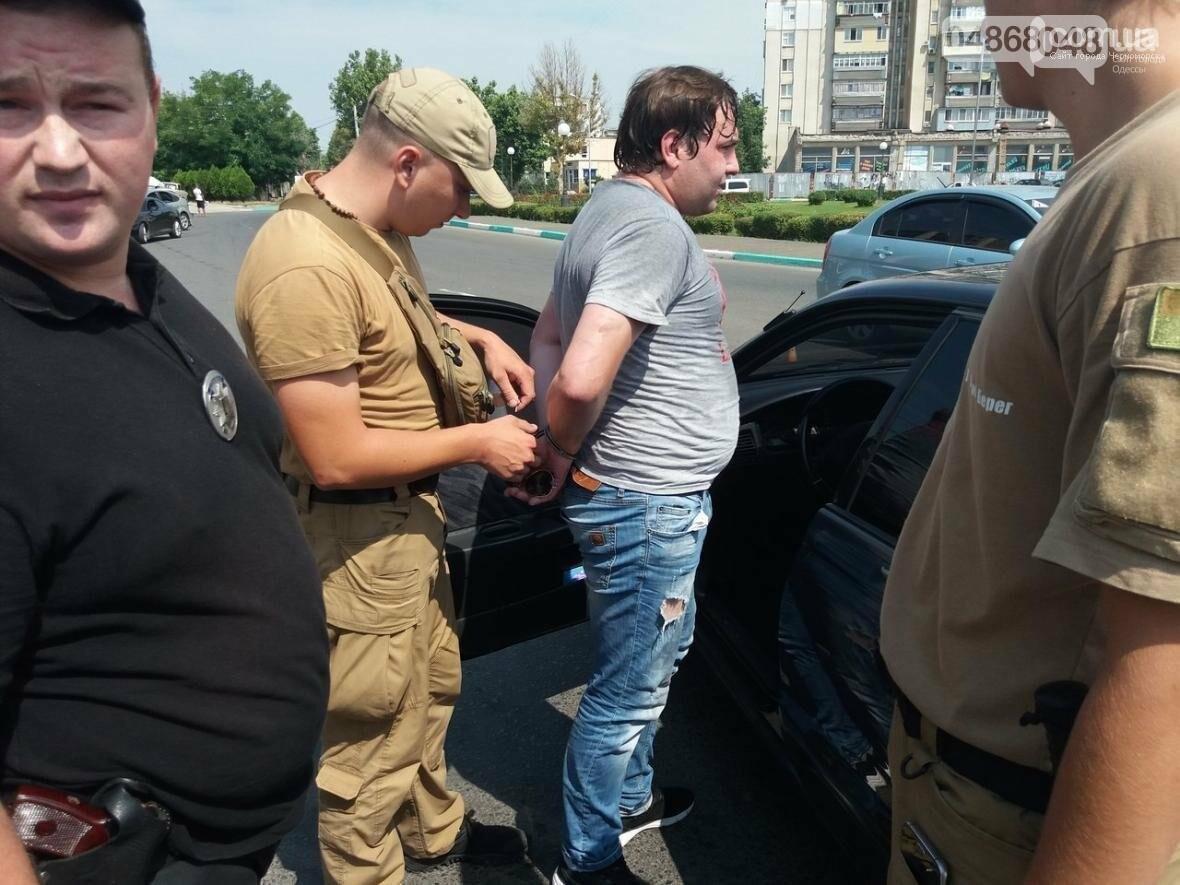 Под Одессой гонщика, сбившего маленького ребенка, чуть не избила толпа (ФОТО, ВИДЕО), фото-1