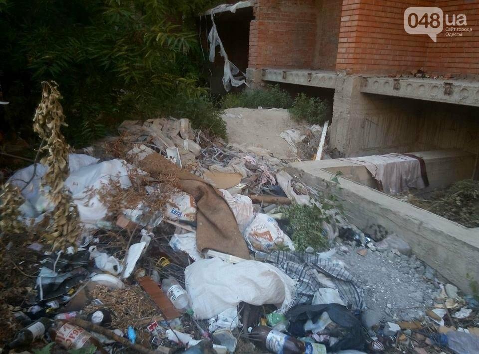 В Одессе тушили пожар на стройке, где нашли труп и травмировался ребенок (ФОТО), фото-2