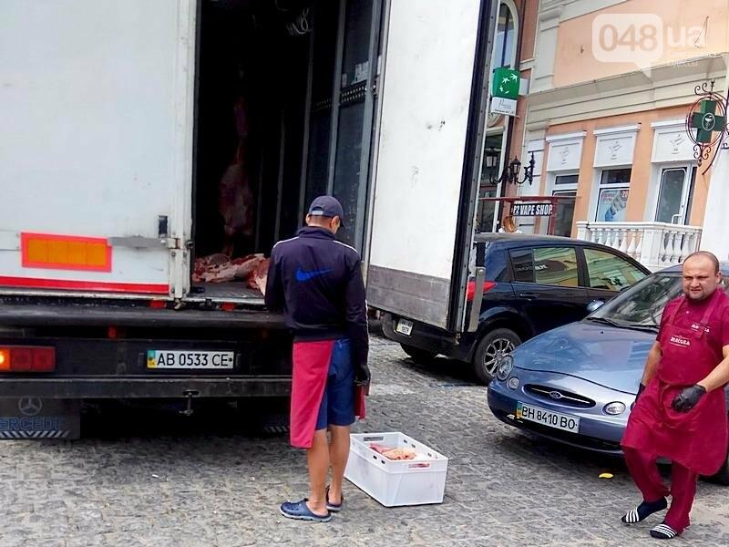 Как мясо попадает в магазин в центре Одессы (ФОТО), фото-1