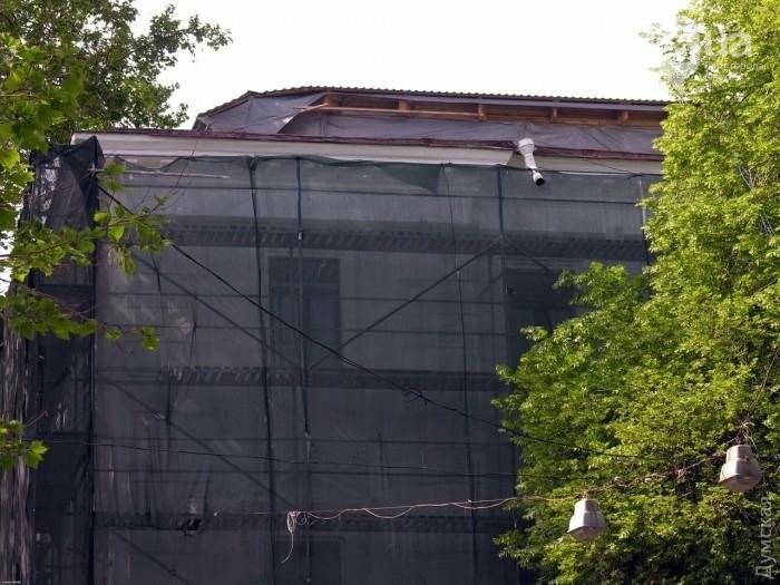 В Одессе наняли дальтоников на ремонт одного из старейших зданий города (ФОТО), фото-3
