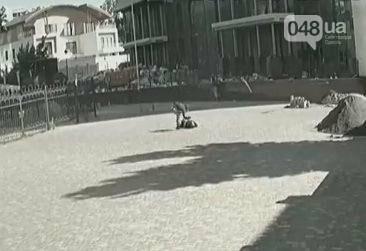 В Одессе арестовали извергов-боксеров, которые избивали прохожих (ФОТО), фото-2