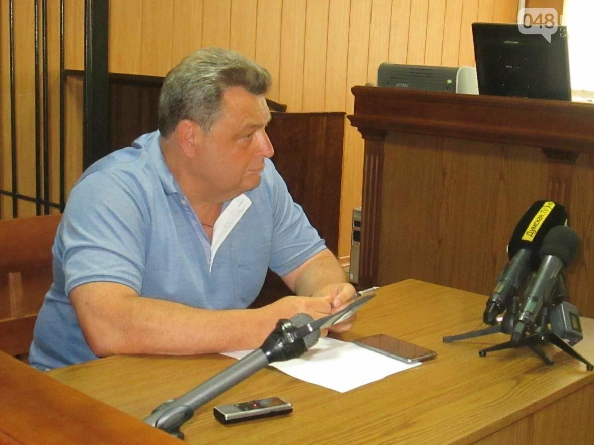 Пронесло: Одесского депутата посадят не сегодня (ФОТО, ВИДЕО), фото-5