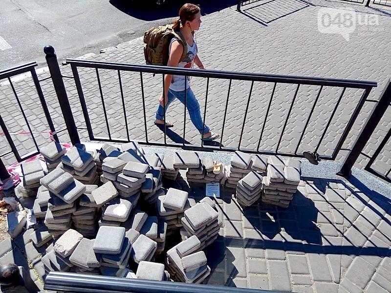 Автостанцию в центре Одессы открыли понарошку (ФОТО), фото-23