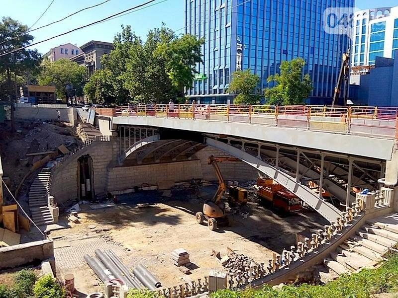 На многострадальный одесский мост вернут чугунные якоря (ФОТО), фото-11