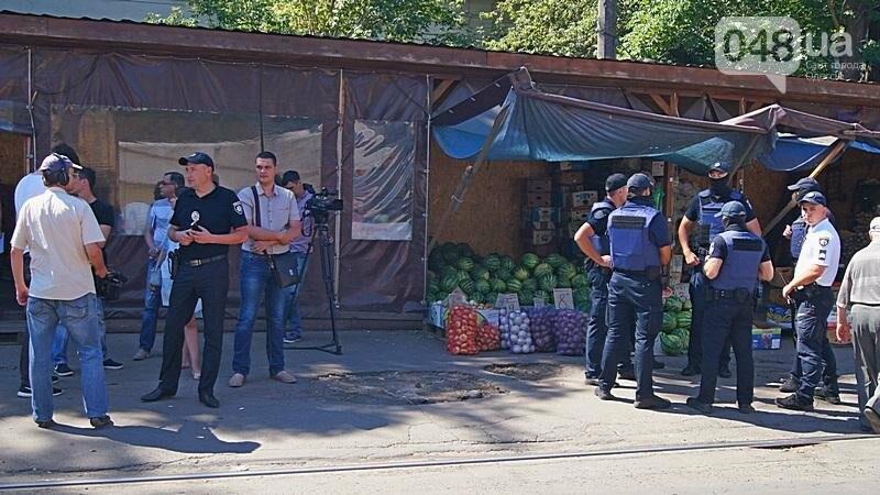 Как на «Привозе» иностранцы от одесской полиции убегали (ФОТО, ВИДЕО), фото-3