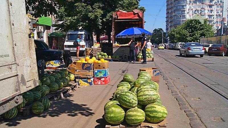 Как на «Привозе» иностранцы от одесской полиции убегали (ФОТО, ВИДЕО), фото-8